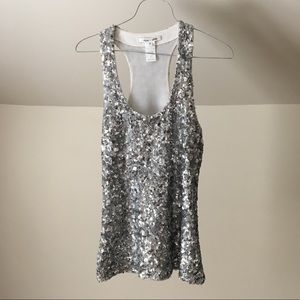ALICE & OLIVIA Silver Sequin Scoop Fitted Tank Top